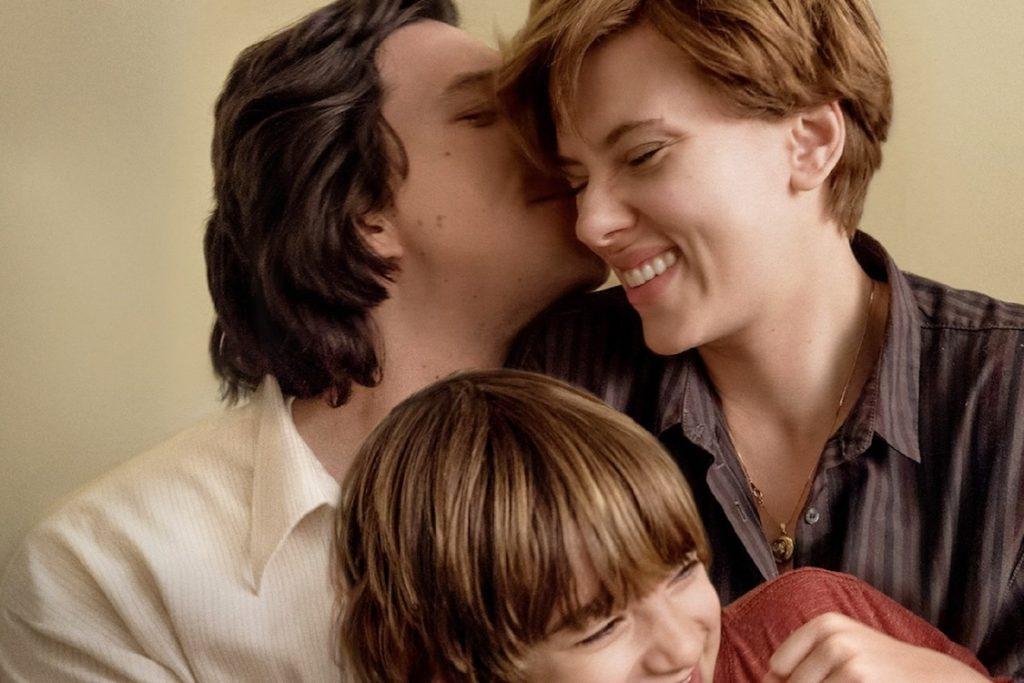 Chalie Barber (Adam Driver) e Nicole Barber (Scarlet Johansson) em História de um Casamento