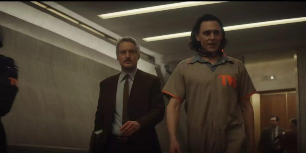 Mobius e Loki em uma cena de um dos trailers (Imagem: Reprodução/Marvel Studios)